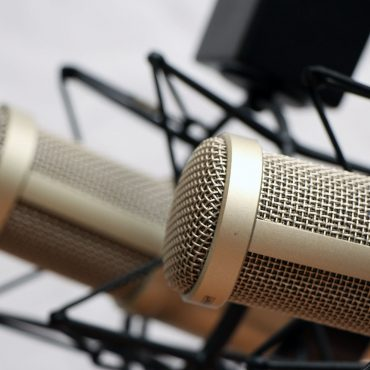 5 Chicago Podcasts that You Cannot Miss
